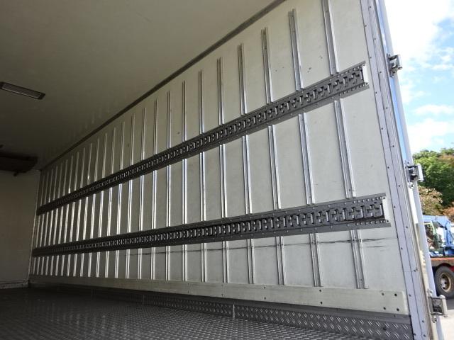 いすゞ H18 フォワード 低温冷凍車 6500ボデー  画像11