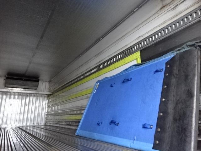 三菱 H27 ファイター 増トン 低温冷凍車 格納PG 画像13