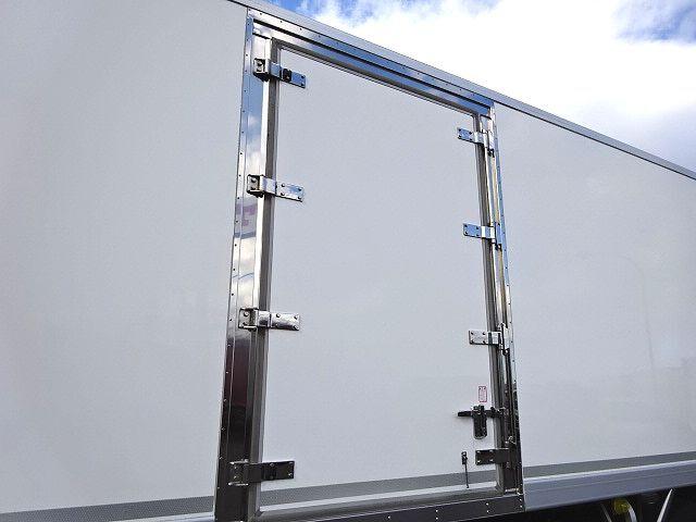 三菱 H27 ファイター 増トン 低温冷凍車 格納PG 画像5