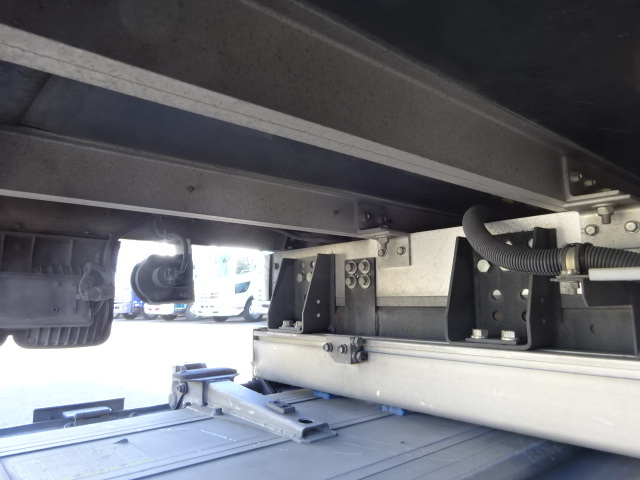 いすゞ H27 フォワード 増トン ワイド 低温冷凍車 格納PG 画像18