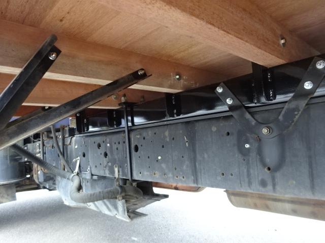 いすゞ H15 フォワード 平 5段クレーン 車検付  荷台床新品張替え 画像7