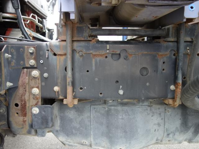 いすゞ H15 フォワード 平 5段クレーン 荷台床新品張替え 画像18