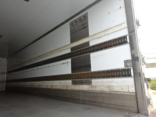 いすゞ H21 フォワード 増トン ワイド低温冷凍車 PG 画像11