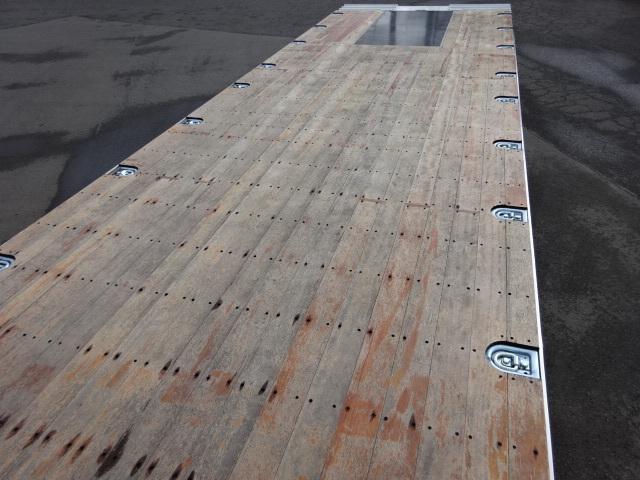 いすゞ R2 いすゞ ギガ 4軸低床 セルフ 4段クレーン 歩み板付 画像16