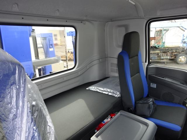いすゞ R2 いすゞ ギガ 4軸低床 セルフ 4段クレーン 歩み板付 画像31