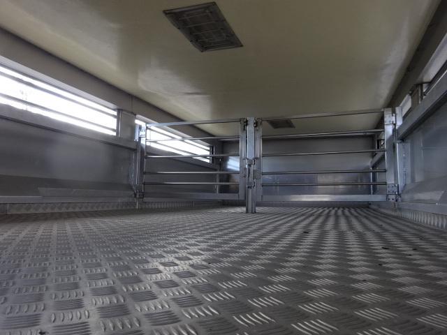 UD H19 コンドル 増トン 家畜運搬車 車検整備済み 画像12