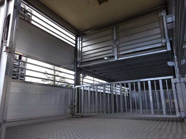 UD H19 コンドル 増トン 家畜運搬車 車検整備済み 画像17