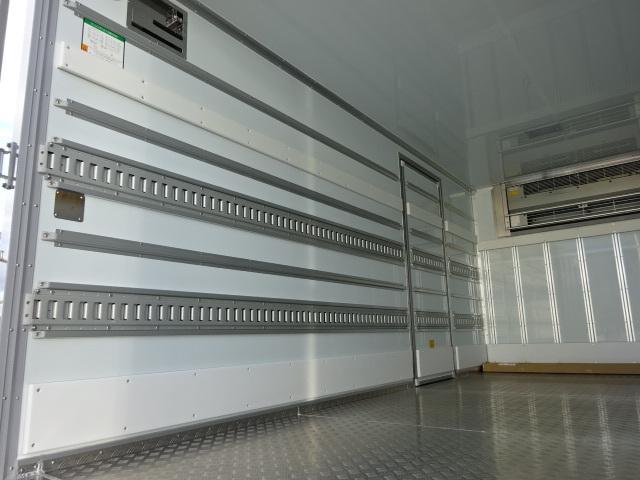 三菱 R2 キャンター ワイド ロング 低温冷凍車 格納PG 画像11