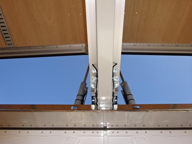 いすゞ R3 ギガ 4軸低床アルミウィング ハイルーフ 融雪仕様 画像17