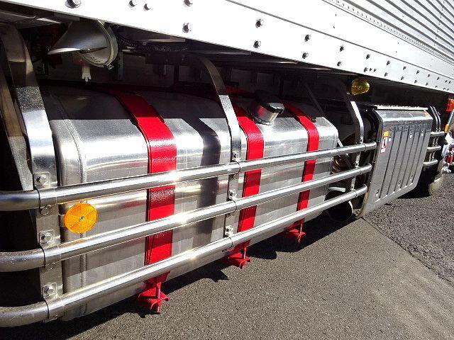 三菱 R1 スーパーグレート 4軸低床冷凍車 画像19