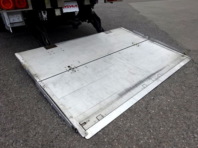 日野 H29 レンジャー ワイド 低温冷凍車 格納PG 画像9