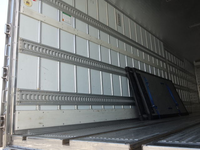 いすゞ H28 ギガ ハイルーフ 4軸低床 低温冷凍車 車検付 画像10