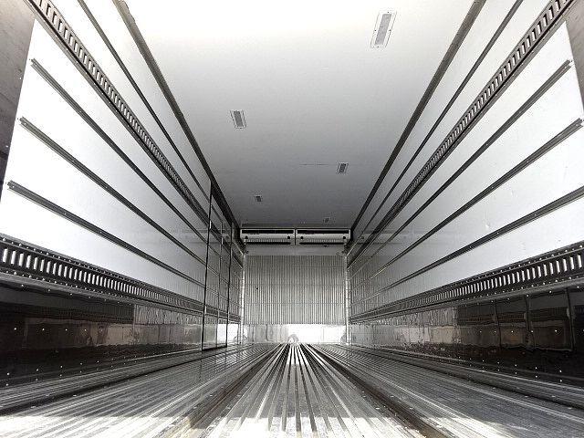 日野 H29 プロフィア 3軸 低温冷凍車 キーストン ジョルダー 画像3