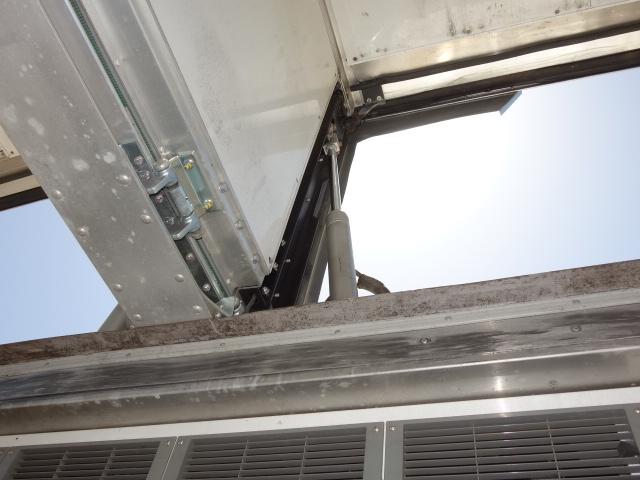 いすゞ H27 ギガ 中温冷凍ウィング 車検付 画像18