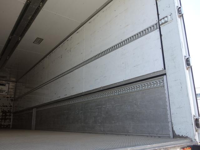 いすゞ H27 ギガ 中温冷凍ウィング 車検付 画像11