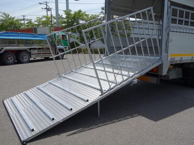 三菱 H22 ファイター 増トン ワイド 家畜運搬車 スロープ付 画像13