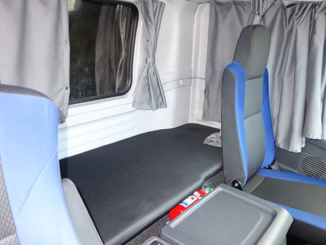 いすゞ H28 ギガ 4軸低床 アルミウィング  総輪エアサス 画像30