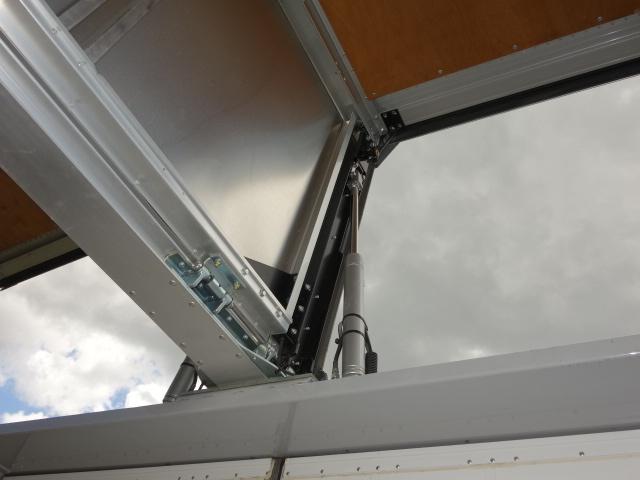 いすゞ H28 ギガ 4軸低床 アルミウィング  総輪エアサス 画像15
