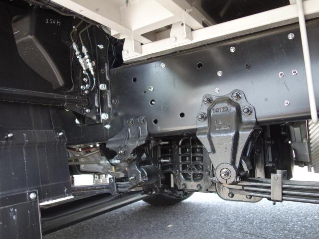 いすゞ R3 ギガ 4軸低床アルミウィング ハイルーフ 融雪仕様 格納PG 画像23