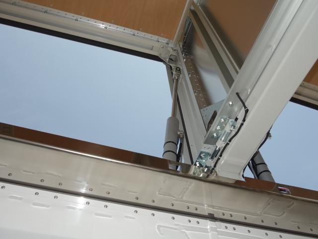いすゞ R3 ギガ 4軸低床アルミウィング ハイルーフ 融雪仕様 格納PG 画像18