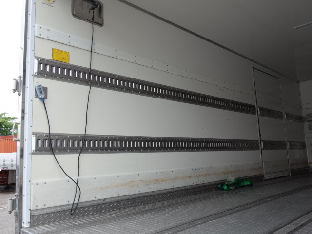 いすゞ H30フォワード ワイド 低温冷凍車 格納PG ジョロダー 画像11