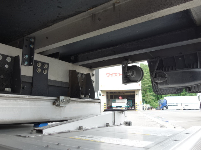 いすゞ H30フォワード ワイド 低温冷凍車 格納PG ジョロダー 画像17