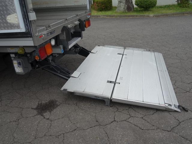 いすゞ H30フォワード ワイド 低温冷凍車 格納PG ジョロダー 画像13