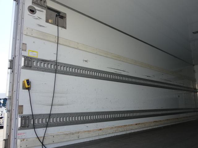 いすゞ H24 フォワード 6500ワイド 低温冷凍車 格納PG 画像10