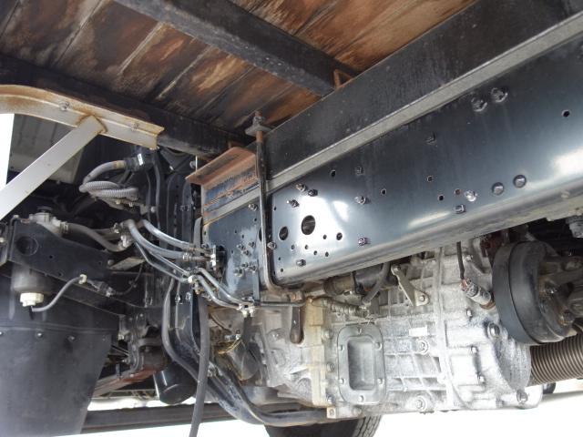 三菱 H26 ファイター  アルミブロック エアサス 画像17