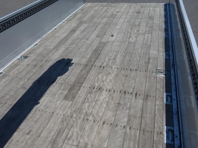 日野 H27 レンジャー セミワイド 4段クレーン エアサス 角足 画像14