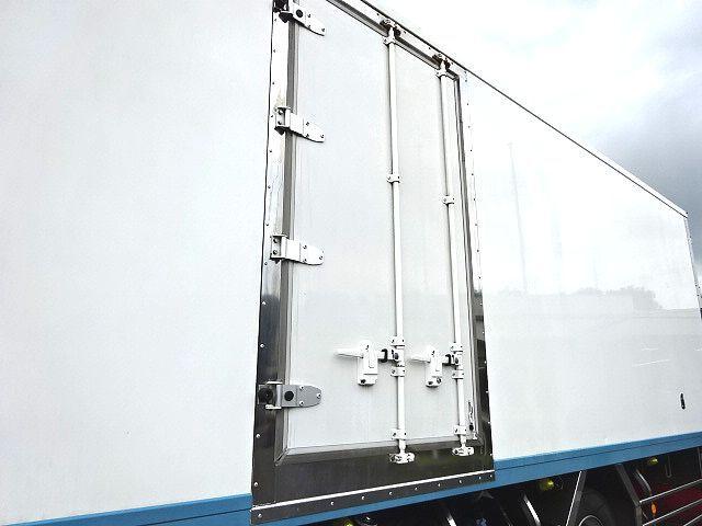三菱 H25 ファイター 増トン ワイド 低温冷凍車 画像5