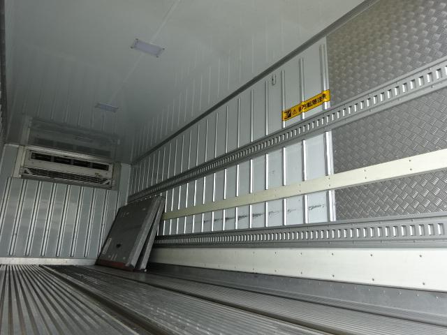 三菱 H25 ファイター 増トン ワイド 低温冷凍車 画像12