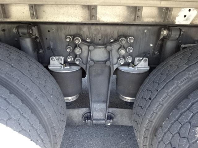 いすゞ H27 ギガ 4軸低床冷凍ウィング 画像16