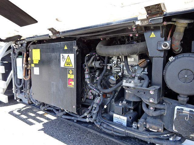 いすゞ H27 ギガ 4軸低床冷凍ウィング 画像14