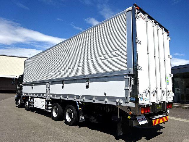 いすゞ H27 ギガ 4軸低床冷凍ウィング 画像8