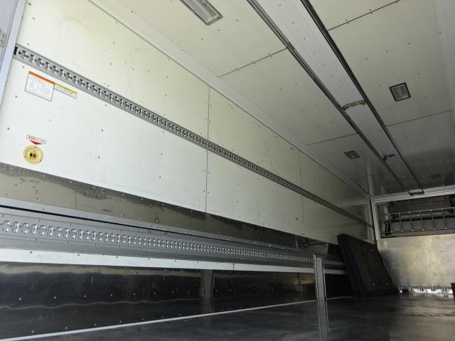 いすゞ H27 ギガ 4軸低床冷凍ウィング 画像10
