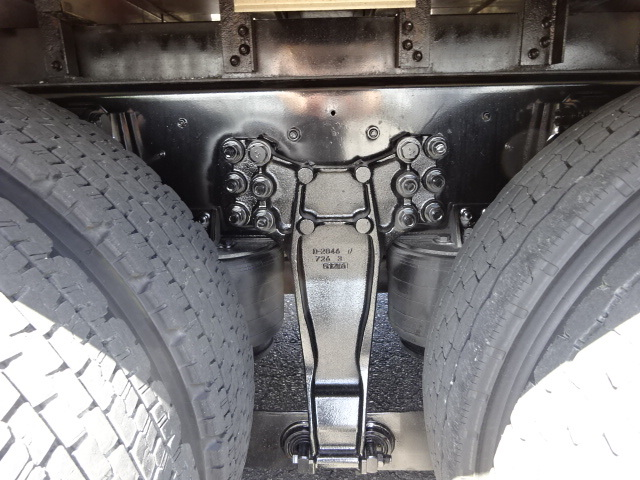 いすゞ H28 ギガ 3軸 低温冷凍車 キーストン ジョロダー 画像16