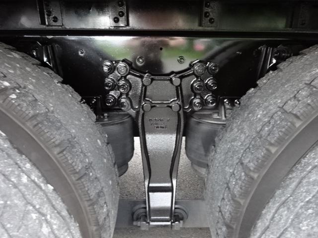 いすゞ H28 ギガ 3軸 低温冷凍車 キーストン ジョロダー 画像3