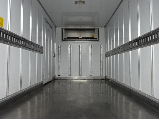 いすゞ H29 エルフ 低温冷凍車 画像9