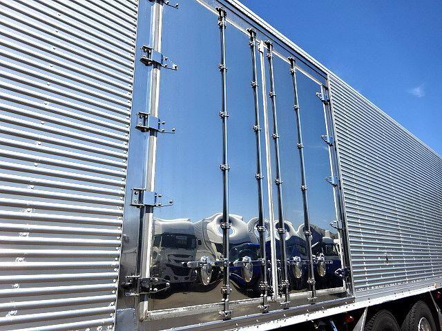 三菱 H22 スーパーグレート 3軸低温冷凍車 画像5