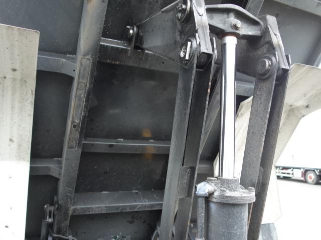 いすゞ R1 フォワード ダンプ  画像17