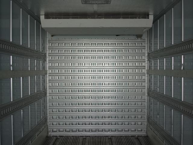 いすゞ H28 ギガ ハイルーフ 4軸低床 低温冷凍車 画像10