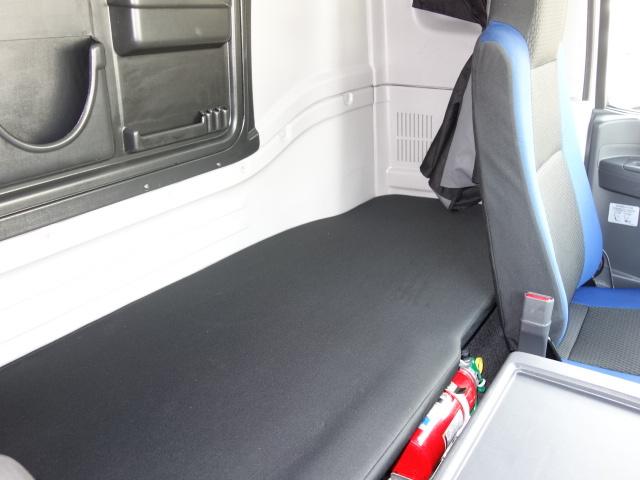 いすゞ H28 ギガ ハイルーフ 4軸低床 低温冷凍車 画像26