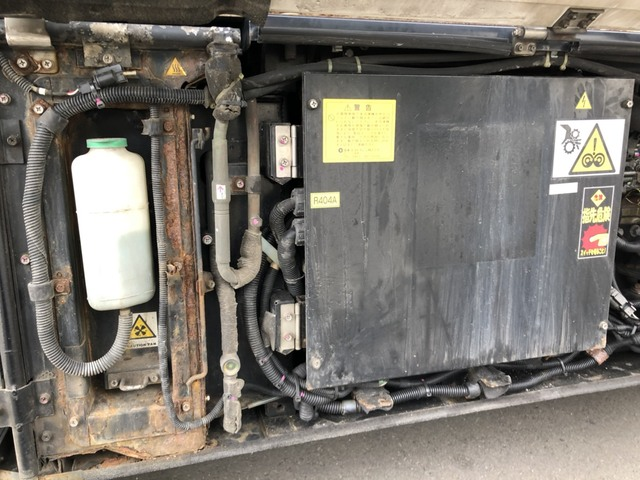 いすゞ H28 ギガ ハイルーフ 4軸低床 低温冷凍車 画像18