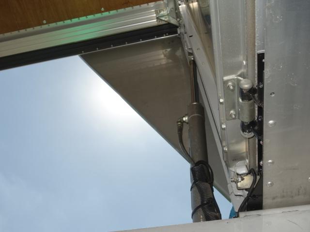 いすゞ H24 フォワード 6200ワイド アルミウィング エアサス 画像14