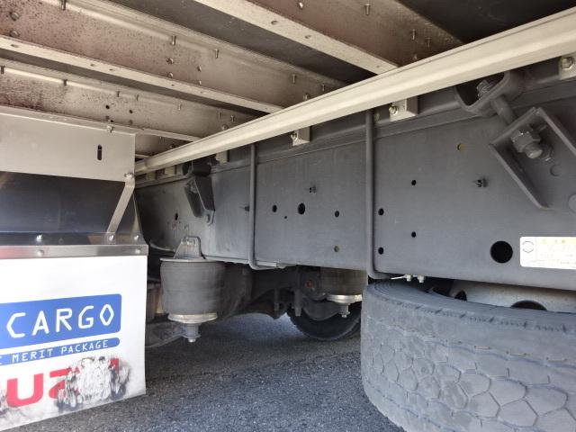いすゞ H29 ギガ 4軸低床アルミウィング 画像13