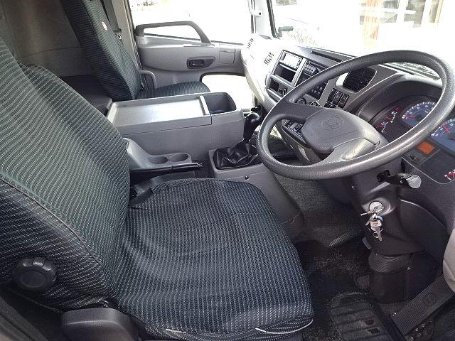 UD H24 コンドル フルワイド 低温冷凍車 格納PG 画像19