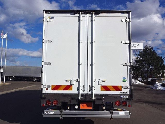 UD H24 コンドル フルワイド 低温冷凍車 格納PG 画像7