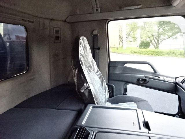 三菱 H16 スーパーグレート 3軸低床 平3段クレーン 画像26