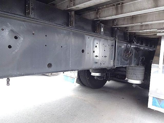 いすゞ H21 ギガ 3軸 冷蔵冷凍車 サイドダブル観音扉 画像17